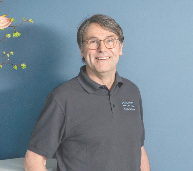 Der Orthopäde Dr. Drescher